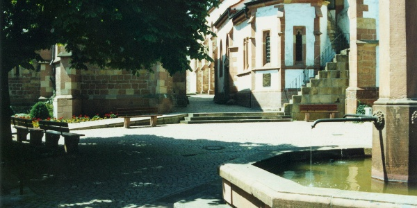 Die Kirche in Wachenheim.