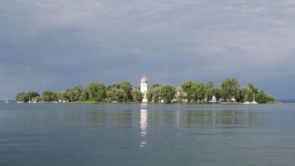 Kloster Frauenchiemsee von der Krautinsel aus
