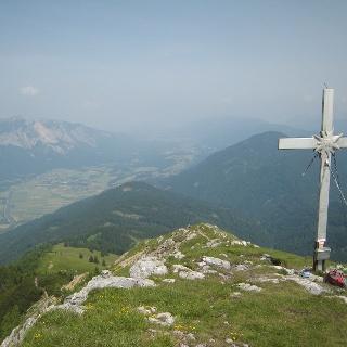 Oisternig Gipfelkreuz