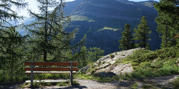 Along the way benches for relaxing
