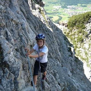 Nathalie im Klettersteig