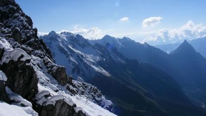 Der Blick von der Seescharte, rechts die Silberspitze.