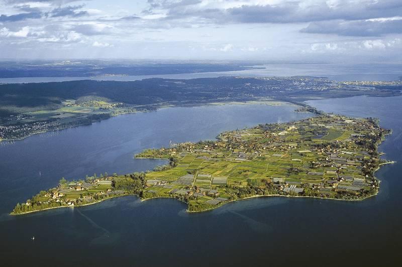Von Konstanz aus rund um die Insel Reichenau (Bodensee)