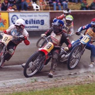 Spannenden Motorrad-Sandbahnrennen im Emstalstadion des MSC Motorsportclubs Harsewinkel