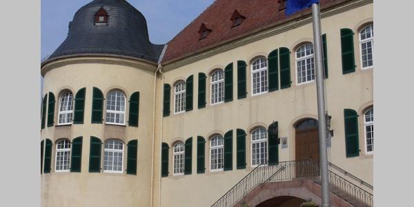 Das Schloss in Bad Bergzabern war früher von einem Wassergraben umgeben.