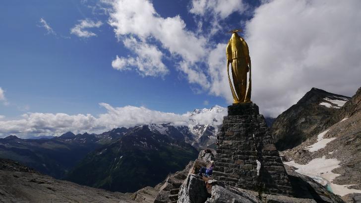 Statue am Monte Moro Pass
