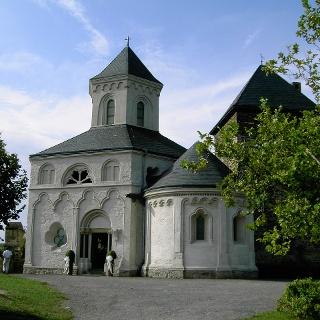 Die Mathhiaskapelle auf der Oberburg bei Kobern.