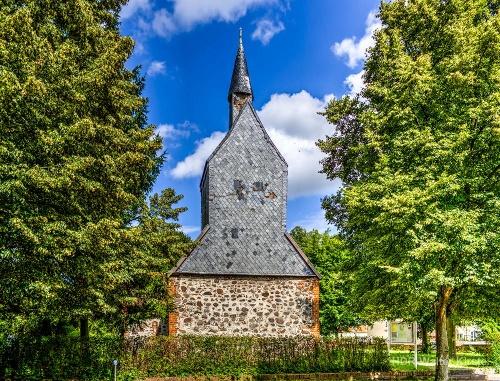 Kirche Gnewikow