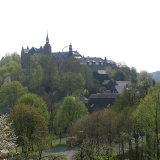 In der Burg Lauenstein können wir interessante Exponate der Tafelmacher bewundern.
