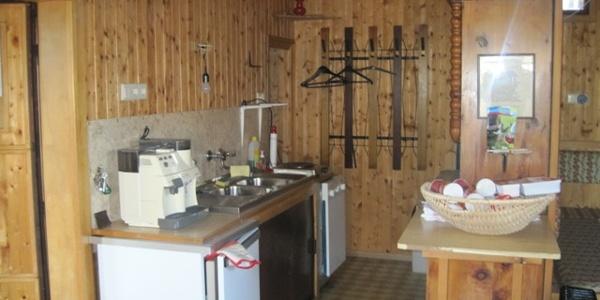 Kampthalerhütte Küchenzeile