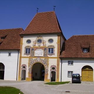 Der Innenhof von Schloss Zeil lohnt einen Besuch.