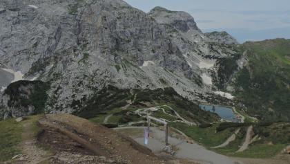 Wassererlebnis am Nassfeld mit Blick auf Rosskofel