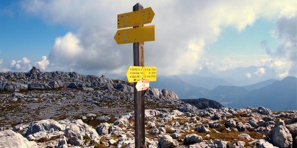 Wegtafel zur Zellerhütte 2300m