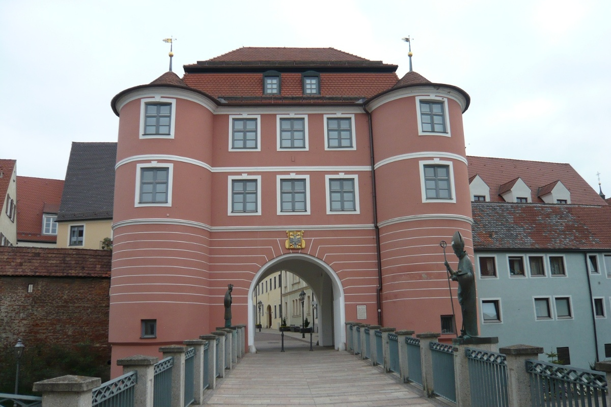 Das Riedertor in Donauwörth.