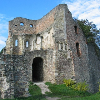 Die Burganlage in Donaustauf wurde 1634 von schwedischen Truppen eingenommen und zerstört.