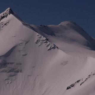 Zufallsspitze (links) und Cevedale (rechts).