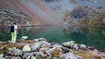 Karseen sind perfekte Spiegel für die umgebenden Gipfel.