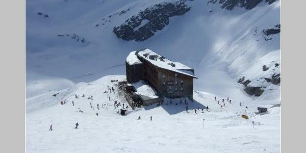Start beim Alpinzentrum Rudolfshütte (2311 m)