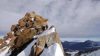 Am felsigen Gipfelaufschwung der Dufourspitze