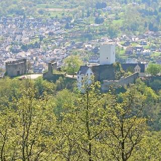 ... und Burg Sterrenberg.