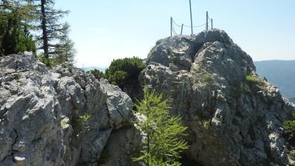 """Aussichtsfelsen mit """"Mini-Klettersteig"""""""
