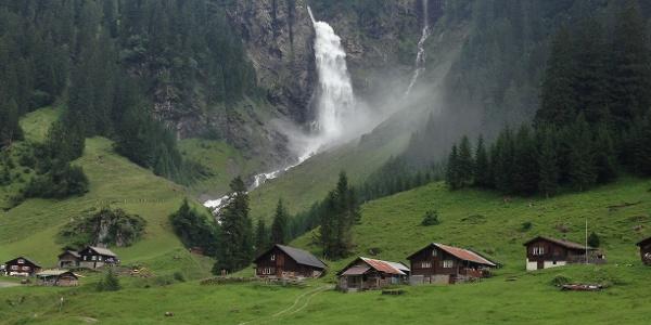 Der erste Fixpunkt auf der Wanderung nach Oberalp: Aesch