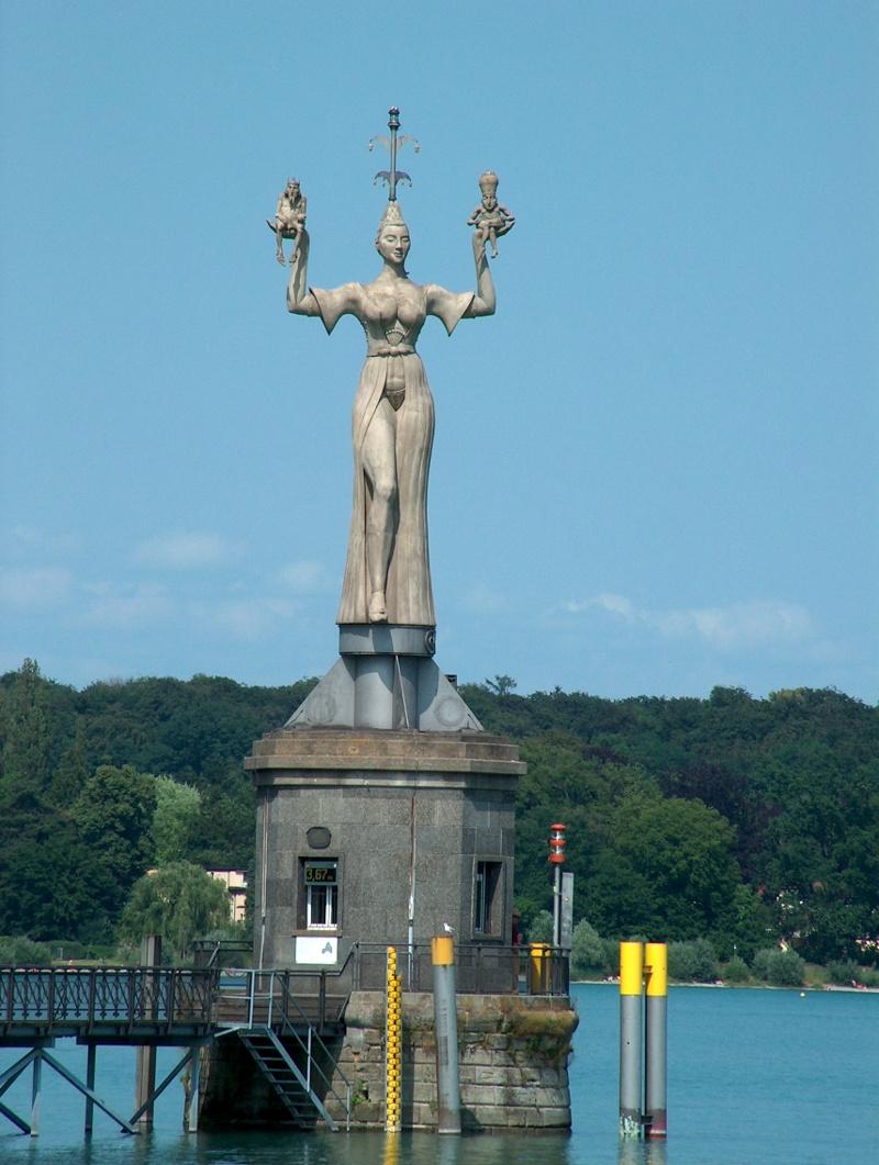 Die Imperia-Statue am Konstanzer Hafen.