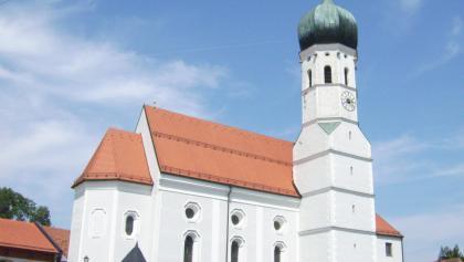 Die Pfarrkirche St. Emmeram.