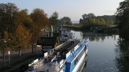 Der Hafen von Plau am See.