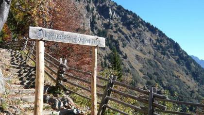 Leiteralm, Meraner Höhenweg.