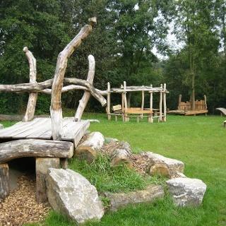 Rast- und Spielplatz Almena