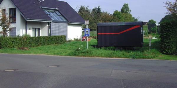 Krechtinger Str. Verkehrszeichen Campingplatz links abbiegen
