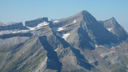 Blick vom Pimené auf (v.l.): Brecha de Rolando, La Falsa Brecha, El Taillón und Pico de Gabieto