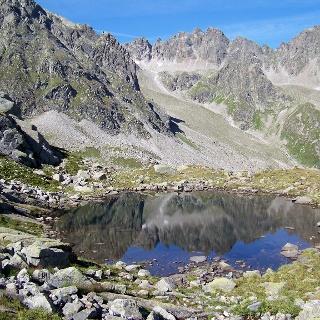 Kleiner See auf der Tschifernella.