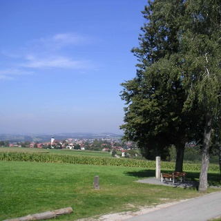 Der Blick von der Max-Höhe auf Kellberg.