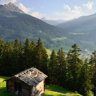 Blick auf die Savognin. Bild: Lorenz A. Fischer