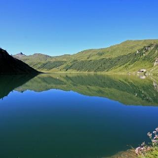 Der Tappenkarsee auf 1.726 m