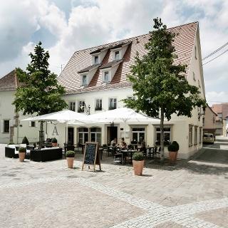 Hotel & Restaurant Adler am Schloss
