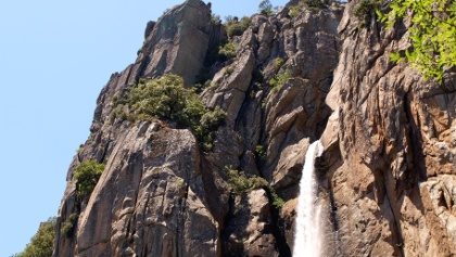 Austritt des Wasserfalles Piscia di Gallo um 836m