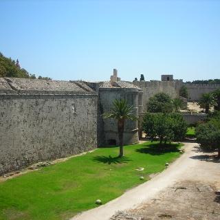 Stadtmauergraben Rhodos.