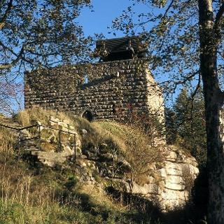 Seit Mitte des 13. Jahrhunderts steht die Burg Epprechtstein auf ihrem Granitfelsen.