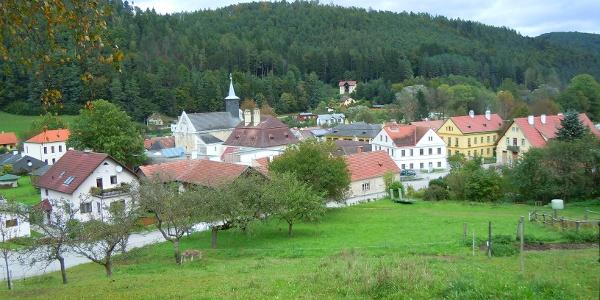 Blick nach Thernberg