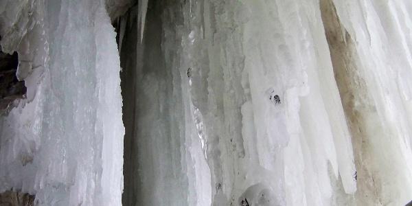 Hinter der Eiswand.