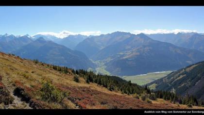Ausblick von Weg vom Sommertor zur Sonnbergalm, Pinzgau, Kitzbühler Alpen, Österreich