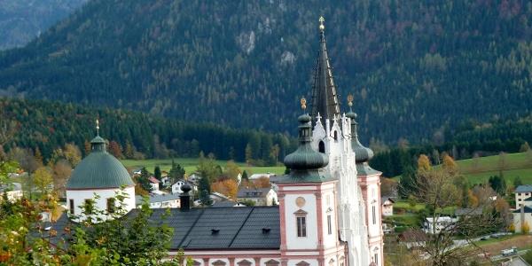 Wunderbarer Ausblick auf die Wallfahrtsbasilika Mariazell