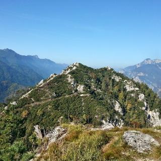 Monte Nebria Westgipfel vom Ostgipfel gesehen