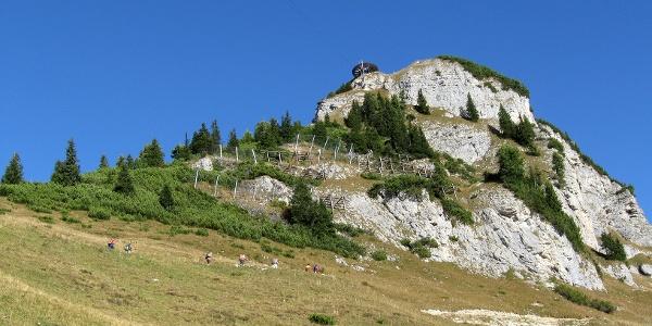 Gleich oberhalb der Erfurter Hütte befindet sich der Gschölkopf, der leider auch als Ausgangspunkt der Air Rofan dient.