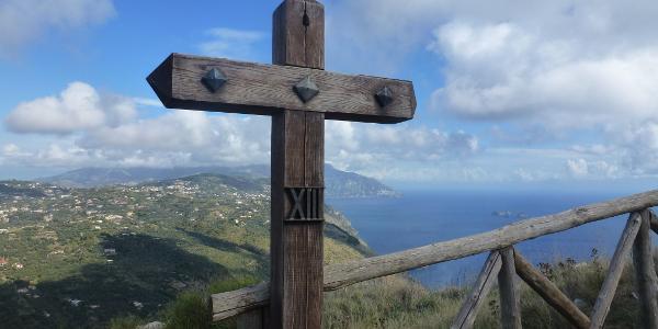 Blick entlang der Amalfiküste