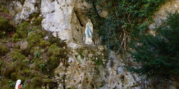 Lourdesgrotte im Liebfrauental
