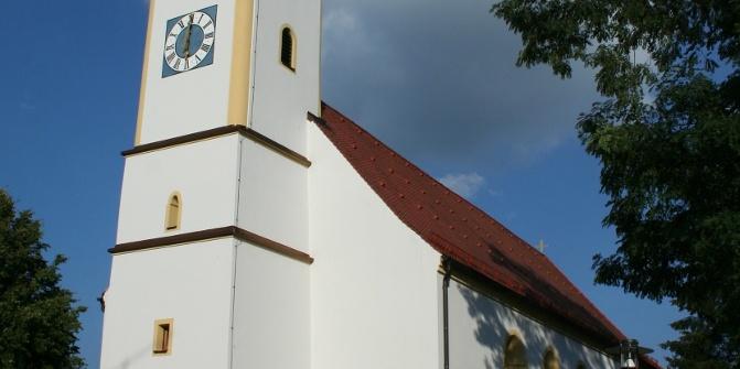 Die Pfarrkirche in Heilbrunn ist ein bekannter Marienwallfahrtsort.